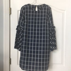 Navy dress. Very comfortable snazzy sleeves